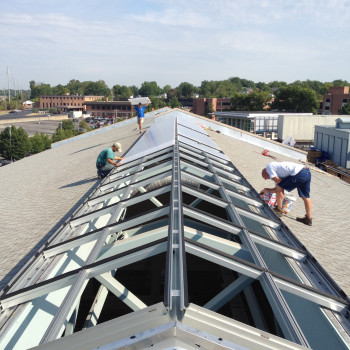 Pinnacle 350 Structural Ridge, 25mm Clear Polycarbonate with Lumira Aerogel