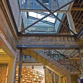 Interior - Pinnacle 300 Lean-To