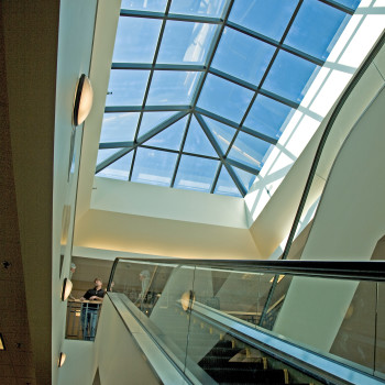 Interior - Pinnacle 600 Extended Pyramid