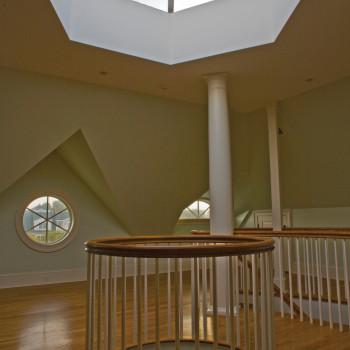 Residence - Classic Hexagonal Pyramid